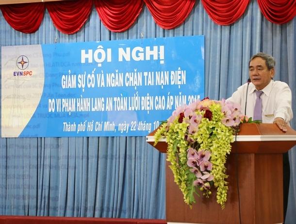 Phó Tổng Giám đốc EVN SPC Hồ Quang Ái phát biểu chỉ đạo tại Hội nghị.