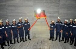 Gắn biển công trình đào lò Bunke mức -300 than Hà Lầm