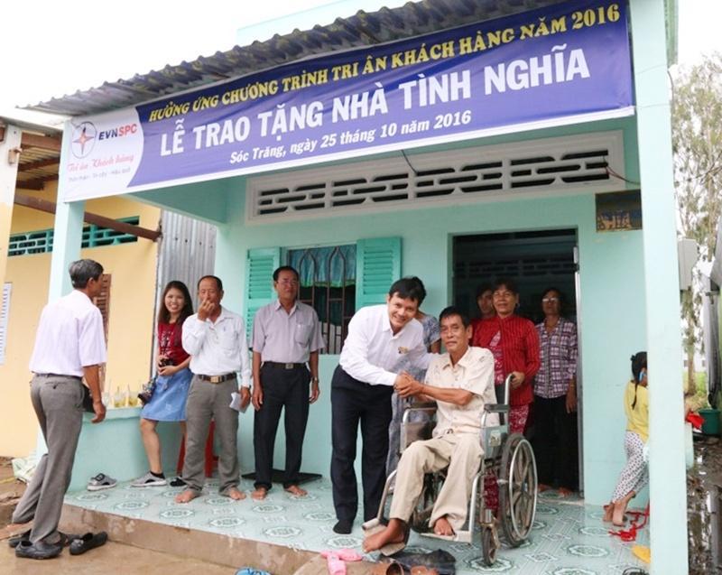 EVN SPC tặng nhà tình nghĩa cho gia đình nghèo ở Sóc Trăng 1