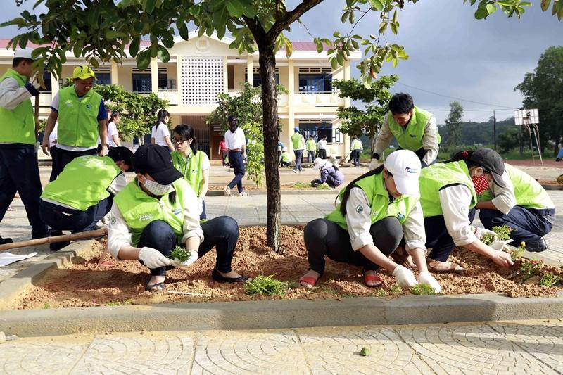Doosan Vina tiếp tục hành trình từ thiện tại Quảng Ngãi 4