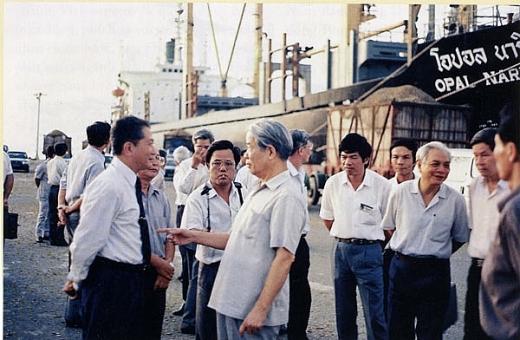 Tổng Bí thư Đỗ Mười với ngành Dầu khí Việt Nam 1
