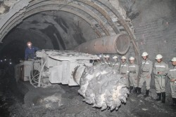 Đẩy nhanh tiến độ dự án mỏ hầm lò Khe Chàm II-IV