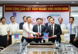 Ký hợp đồng tài trợ vốn cho Nhà máy Thủy điện Đakđrinh