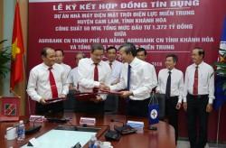 Ký hợp đồng tín dụng dự án điện mặt trời Điện lực miền Trung