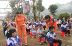 Điện lực TP. Lai Châu triển khai chương trình 'trường học tiết kiệm điện'
