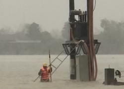 PC Hà Tĩnh nỗ lực khôi phục cấp điện sau mưa lũ