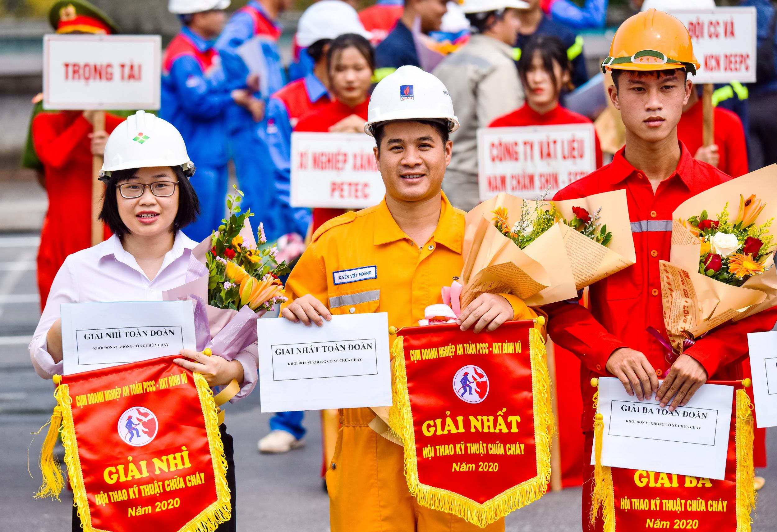 CN Khí Hải Phòng giành giải Nhất toàn đoàn tại Hội thao PCCC KKT Đình Vũ 2020
