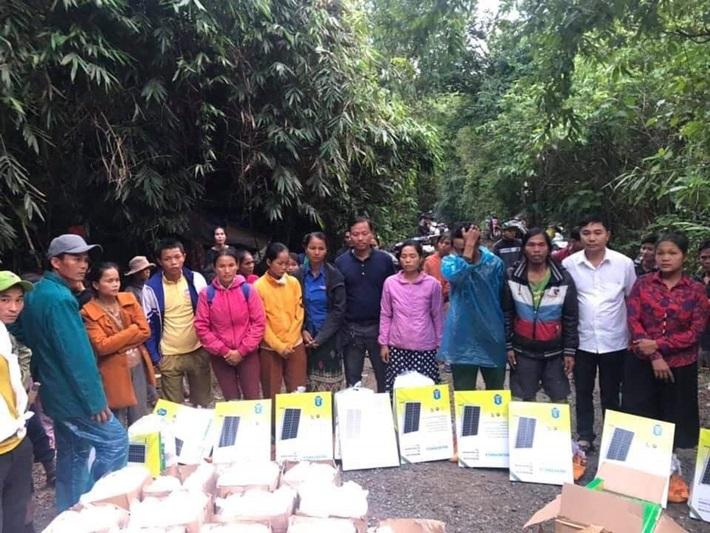 Jinko Solar ủng hộ người dân bị ảnh hưởng lũ lụt ở miền Trung