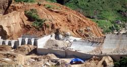 Vỡ đập thủy điện Đăk Mek 3