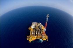 Trữ lượng dầu khí ở Biển Đông: Cơ hội hay thách thức?
