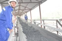 Khai thác tấn than đầu tiên tại mỏ mới Khe Chàm III