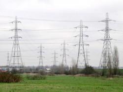 Đã khắc phục xong sự cố lưới điện 220kV do bão số 14 gây ra