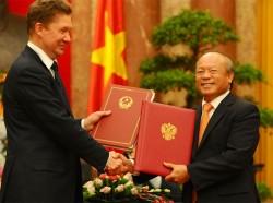 Ký nhiều văn kiện hợp tác dầu khí giữa Việt Nam - Nga