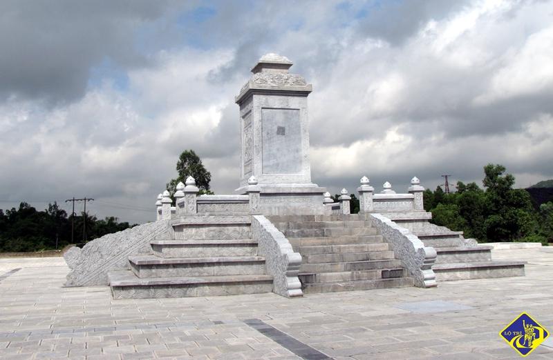 Đài Hoàng Đế lệnh chỉ được dựng trong khu Di tích điểm khai thác than đầu tiên tại xã Yên Thọ (TX Đông Triều).