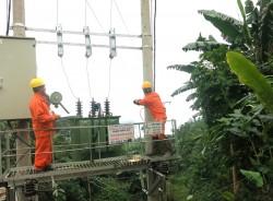 Thêm xã miền núi của Nghệ An có điện lưới quốc gia