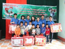 PC Bắc Kạn với chương trình tình nguyện mùa đông năm 2014