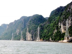 Quảng Ninh: Nỗ lực đưa điện về thôn, bản