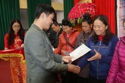 """Sơn La: 500 hộ được công nhận """"Gia đình tiết kiệm điện"""""""