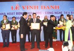 Đà Nẵng vinh danh 4 cán bộ ngành Điện trong lĩnh vực khoa học