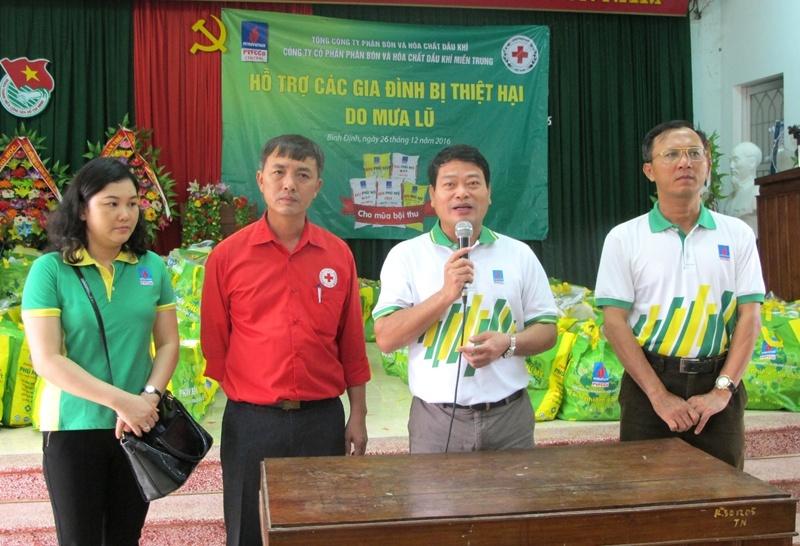 PVFCCo tiếp tục cứu trợ đồng bào vùng lũ miền Trung 1