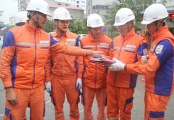 PC Bắc Ninh triển khai công tác sửa chữa điện nóng