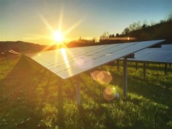 Phát triển điện tái tạo Ninh Thuận: Vướng ở khâu truyền tải