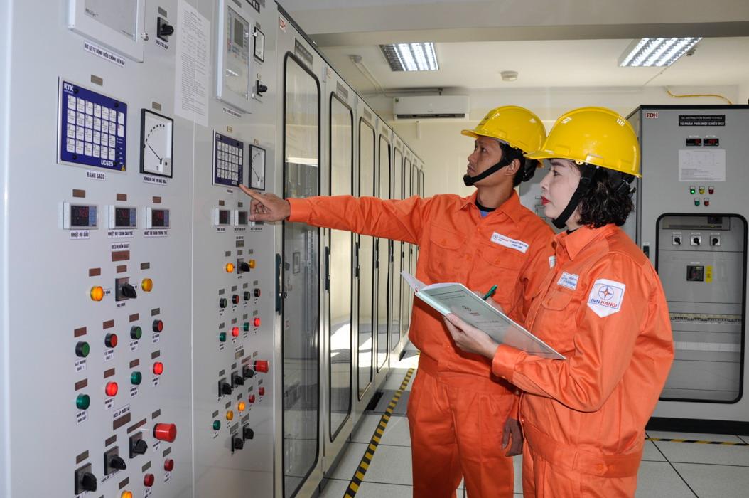 """Trạm biến áp 110 kV """"thân thiện"""" giữa Thủ đô 2"""