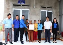 Tuyên truyền GPMB đường dây 500 kV mạch 3, kết hợp an sinh xã hội tại Quảng Ngãi