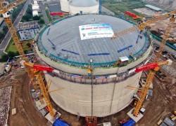 Hoàn thiện thi công và nâng mái bồn chứa kho LNG Thị Vải