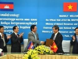 Việt Nam và Campuchia hợp tác nghiên cứu tác động của thủy điện trên sông Mekong