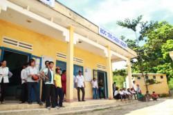 EVN tiếp tục hỗ trợ cho người dân huyện Bắc Trà My