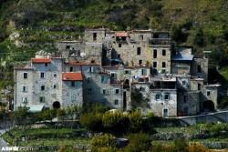 Ngôi làng thời trung cổ tại Italy sử dụng năng lượng tái tạo