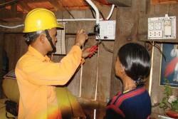 100% thôn, bản ở Quảng Trị có điện lưới quốc gia