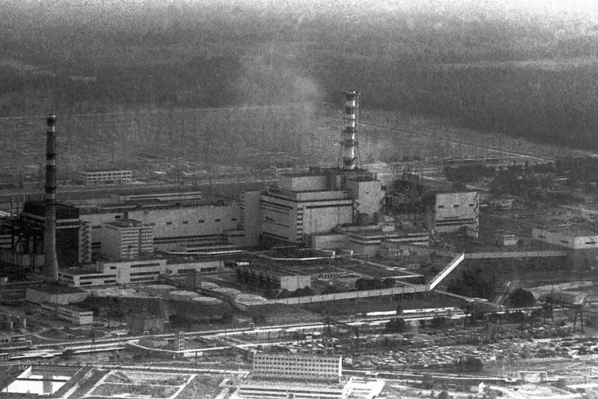 """""""Vùng đất chết"""" Chernobyl thành công viên năng lượng mặt trời 1"""