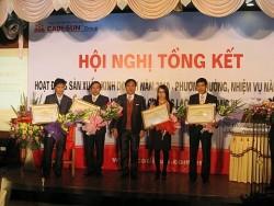 Tổng giám đốc CADI-SUN nhận Huân chương Lao động