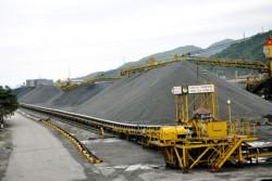 Vinacomin sẽ giảm dần sản lượng than xuất khẩu