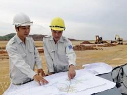 Ký hợp đồng thầu phụ thi công Nhà máy lọc dầu Nghi Sơn
