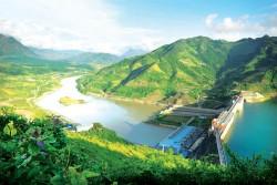 Thủy điện Sơn La đồng hành cùng mùa xuân đất nước