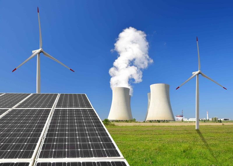 Điện tái tạo và điện hạt nhân: Hai nguồn chiến lược của Việt Nam