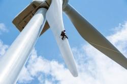 Dự án điện gió Hướng Linh 2 về đích trước 1 năm