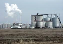 Nhà máy Bio-Ethanol Dung Quất trước ngày vận hành thương mại