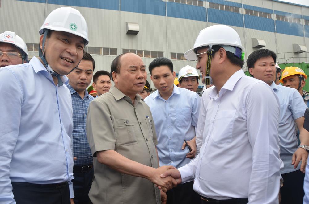 Thủ tướng thăm công trường Nhà máy Nhiệt điện Thái Bình 1
