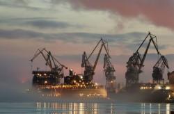 Trung Quốc chuẩn bị đưa nhà máy điện hạt nhân nổi ra Biển Đông