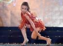 Hoàng Thùy Linh nóng bỏng trên sân khấu Hà Nội