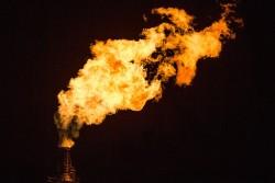 Chevron và Exxon Mobil bắt đầu đảo ngược kết quả âm
