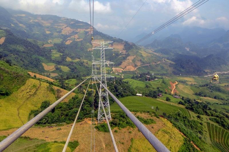 Giải pháp 'nhập khẩu điện' trong dài hạn của Việt Nam