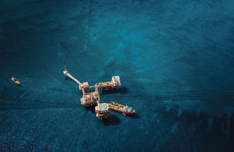 Ảnh hưởng của giá dầu thấp đến ngành dầu khí: Phản ứng và giải pháp đối phó