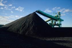 Đề xuất phương án nhập khẩu than của PVN