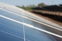 Vì sao năng lượng tái tạo chưa thể thay thế nhiệt điện than?