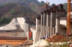 EVN và nỗi lo thiếu vốn cho các dự án điện cấp bách